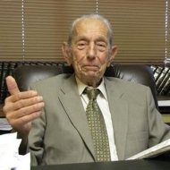 Harold Camping Predicts Judgement Day on May 21 2011